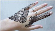 Here we have a collection of 20 Round mehndi designs for different ocassions. Previously we mentioned some mehndi designs for new year . Check these round mehndi designs here. Pakistani Mehndi Designs, Eid Mehndi Designs, Ring Mehndi Design, Circle Mehndi Designs, Mehndi Design 2015, Karva Chauth Mehndi Designs, Mehndi Designs Finger, Stylish Mehndi Designs, Mehndi Designs For Fingers