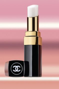 Chanel Lip Baume okay. this is way cooler than whipping out the chapstick. don't you agree?
