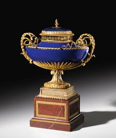 A gilt-bronze mounted Sèvres 'Beau bleu' hard paste porcelain pot-pourri, 'rouge griotte' marble, Louis XVI, circa made under the direction of Dominique Daguerre, the mounts attributed to Pierre-Philippe Thomire Estimate — EUR LOT SOLD. Vases, Urn Vase, Manufacture De Sevres, Pot Pourri, Bronze, Russian Art, Sculpture, Old Master, Louis Xvi