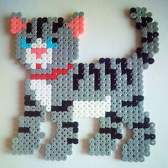 Cat hama beads by sara.s_snuisterijtjes