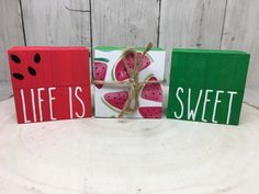 Wood Block Crafts, Wooden Projects, Wood Blocks, Wood Crafts, Diy Crafts, Watermelon Crafts, Watermelon Patch, Tray Decor, Spring Crafts