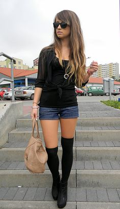 Knee high socks are adorbs! Love it with tight outfits like this chick's.