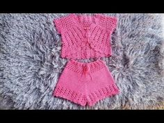 Top Ciganinha Tomara que Caia - Passo a Passo - Nó Chic Crochê - Kátia - Смотреть видео бесплатно онлайн Crochet Girls, Crochet For Kids, Knit Crochet, Crochet Shorts Pattern, Crochet Diagram, Knitting Patterns, Crochet Patterns, Bikinis Crochet, Baby Pants