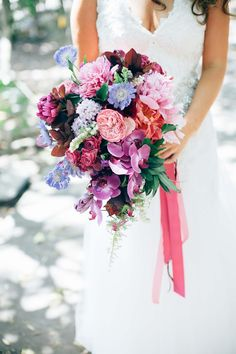 http://www.casuarinaweddings.com.au/blog/elise-steve-osteria-casuarina-real-wedding-tweed-coast-garden-wedding-venue