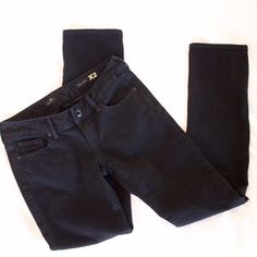 """Express X2 black skinny jeans Perfect black skinny jeans, size 2s, 28"""" inseam, picture looks more gray but they are true black; excellent condition, gently worn Express Jeans Skinny"""