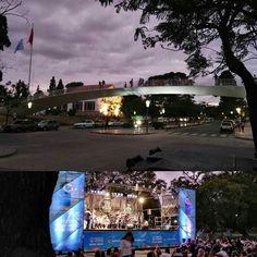 Noche de jazz en el parque! #goodmusic #nightphotography #jazz