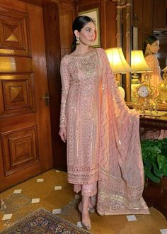Party Wear Indian Dresses, Indian Gowns Dresses, Indian Fashion Dresses, Dress Indian Style, Indian Designer Outfits, Muslim Fashion, Designer Dresses, Indian Wear, Ethnic Fashion