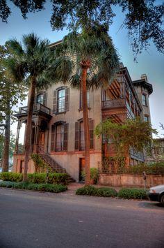 Taylor St. mansion on Savannah's beautiful Monterey Square