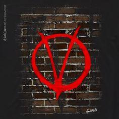 """Camiseta que hace homenaje a la novela gráfica de Alan Moore """"V de Vendetta"""", que se ha convertido en un símbolo para los movimientos de protesta social, como el 15M y para grupos activistas como Anonymous. www.diablocamisetas.com"""