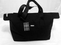 Burberry Men's Duffle Overnight Bag, Weekender, Travel Bag, in Black.