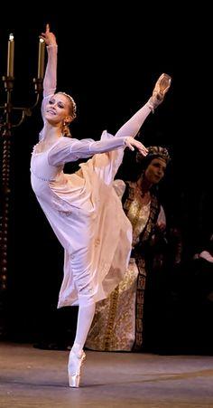 Alina Somova.-Her smile! That's what I feel when I dance.