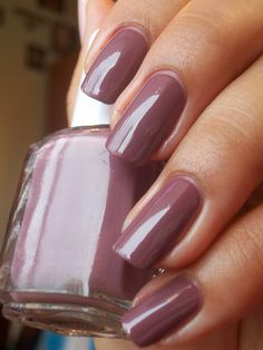 Essie Island Hopping by Masha2020, via Flickr