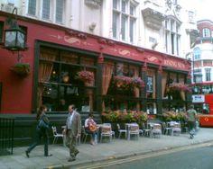 The Rising Sun pub, Tottenham Court Road. My favorite pub in my favorite city.