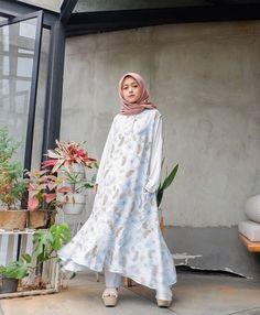 @deanahanifaa Hijab Dress, Ootd, Dresses, Style, Fashion, Vestidos, Swag, Moda, Stylus