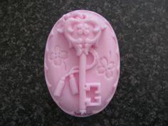 Sleutel op ovaal | **Nieuw April Zeep** | Just soap