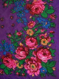 Russian Rose Folk Scarf. В каждом доме есть такой платочек, или похожий.