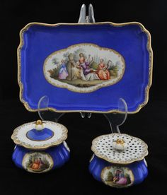 ANTIQUE,  MEISSEN,   Scenic Porcelain 3 Piece Inkstand with inkpot and sander. Circa 1800.