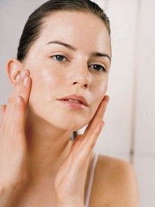 Face Creams With Retinol - Visit http://www.pricecanvas.com/health/anti-aging-products/ For Anti Aging Products.
