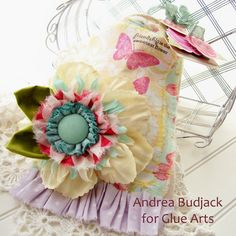 Love this fabric gift bag made with #GlueArts Extreme Adhesive Squares by Designer @Andrea Budjack