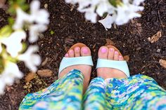 Pink toe nails and mint heels