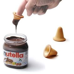 Nutella Finger Biscuits- And all kinds of Nutella recipes Nutella Biscuits, Nutella Jar, Finger Cookies, A New York Minute, Tasty, Yummy Food, Food Design, Design Design, Back Home