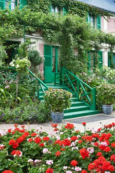 Monet's House and Garden, Giverny, France, make sure to school on the pin. Many other views of this garden!