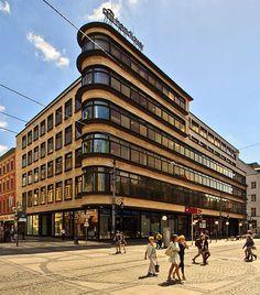 Classical Architecture, Art And Architecture, Bauhaus Architecture, Erich Mendelsohn, Art Deco Pictures, Streamline Moderne, Walter Gropius, Art Deco Buildings, Constructivism