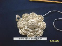 Girlie's Crochet: Crochet Flower