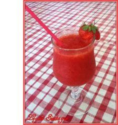 Light Συνταγές: Φραουλένια γρανίτα light!