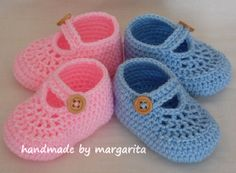 Crochet shoes for baby TWIN, mix and match your colours, newborn, 0-3 M, 3-6 M on Etsy, $27.00 ♡