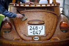 Wooden-Volkswagen-Beetle-1