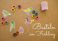 Wir basteln Frühling: mit Kordel, Masking Tape und dem bird template zum kostenlosen Download jede Menge Frühlingsdeko basteln. Die Downloads gibt es auf http://www.meinesvenja.de/2015/03/31/basteln-fruehling/