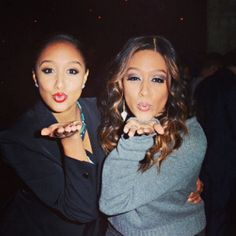 Tia & Tamera Mowry ; love them