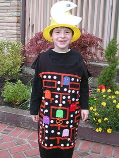 21 Halloween Costumes Made by Real Moms: Pac-Man is only the first of many great ideas!