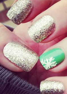 i would do the green on all fingers except one would be the glitter