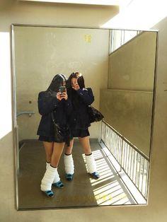 Japanese School Uniform Girl, School Uniform Fashion, School Girl Japan, School Girl Outfit, High School Girls, Girl Outfits, Loose Socks, Japanese Mythology, Gyaru Fashion