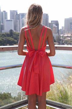love this back, idée robe de mariage