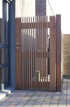 Hoftor, Hauseingang, Balkon, Sichtschutz Holz, Holzzaun, Einfahrt,  Gartenzaun, Garten