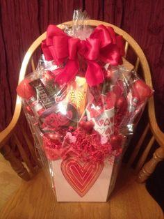 Valentineu0027s Day Candy Bouquet Basket