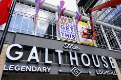 The Galt House hotels is located in downtown Louisville near the riverfront and many other great attractions. Book your stay our hotel in Louisville, KY now! Louisville Attractions, Yay Or Neigh, Galt House Hotel, Ohio River, Goods And Services, New Sign, Mexico City, Weekend Getaways