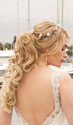 Half up Half down Boho Bridal hairstyle Wedding Hairstyles Half Up Half Down, Wedding Hairstyles For Long Hair, Bride Hairstyles, Wedding Hairdressers, Wedding Updo, Ponytail, Bridal Hair, Long Hair Styles, Wedding Dresses