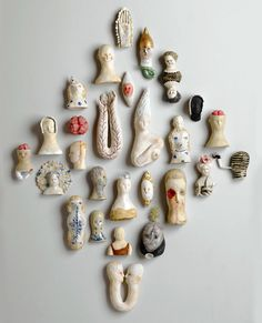 * Bonnie Marie Smith is an artist based in the Hudson Valley of the State of New . - * Bonnie Marie Smith is an artist living in the Hudson Valley of New York State … – Ceramics - Ceramic Figures, Ceramic Artists, Kintsugi, Ceramic Clay, Ceramic Pottery, Ceramic Wall Art, Cerámica Ideas, Paperclay, Contemporary Ceramics