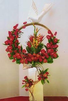 Easter Flower Arrangements, Creative Flower Arrangements, Ikebana Arrangements, Flower Centerpieces, Floral Arrangements, Altar Flowers, Church Flowers, Funeral Flowers, Altar Decorations