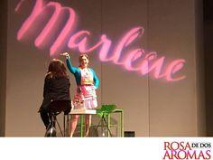 OBRA DE TEATRO, ROSA DE DOS AROMAS. Cynthia Klitbo es Marlene en Rosa de Dos Aromas. Una mujer humilde, trabajadora, que trabaja un salón de belleza al que dedica gran parte de su tiempo. Ella está por descubrir una verdad difícil de enfrentar, pero está dispuesta a llegar muy lejos. Le esperamos este fin de semana en el Teatro 11 de Julio, sábado y domingo a las 6:00 y 8:15 p.m. #ObradeTeatroRosadeDosAromas
