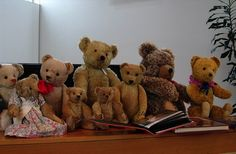 Old Teddy bears