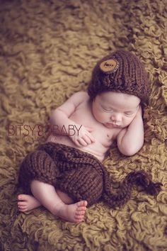 Awesome Giveaway going on here for newborn photographers! Maternity Poses, Newborn Photo Props, Newborn Photographer, Baby Hats, Crochet Hats, Giveaway, Photographers, Kids, Button
