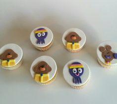 Hey duggee cupcakes 2 Birthday Cake, 1st Boy Birthday, Birthday Party Themes, Second Birthday Ideas, Kid Cupcakes, Childrens Party, Party Cakes, First Birthdays, Projects
