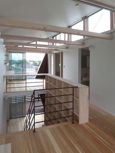 北上がりの片流れの天井。このぐらいの天井高が丁度良い。 建築家とつくるローコスト住宅の施工例