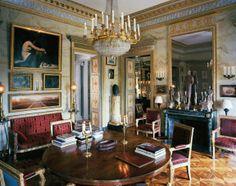 Paris apartment of designer Jacques Garcia