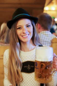 Oktoberfest in Munich - Lush to Blush German Women, German Girls, Cerveza Paulaner, German Oktoberfest, Munich Oktoberfest, Octoberfest Girls, Germany Fashion, Plus Size Summer Outfit, Root Beer